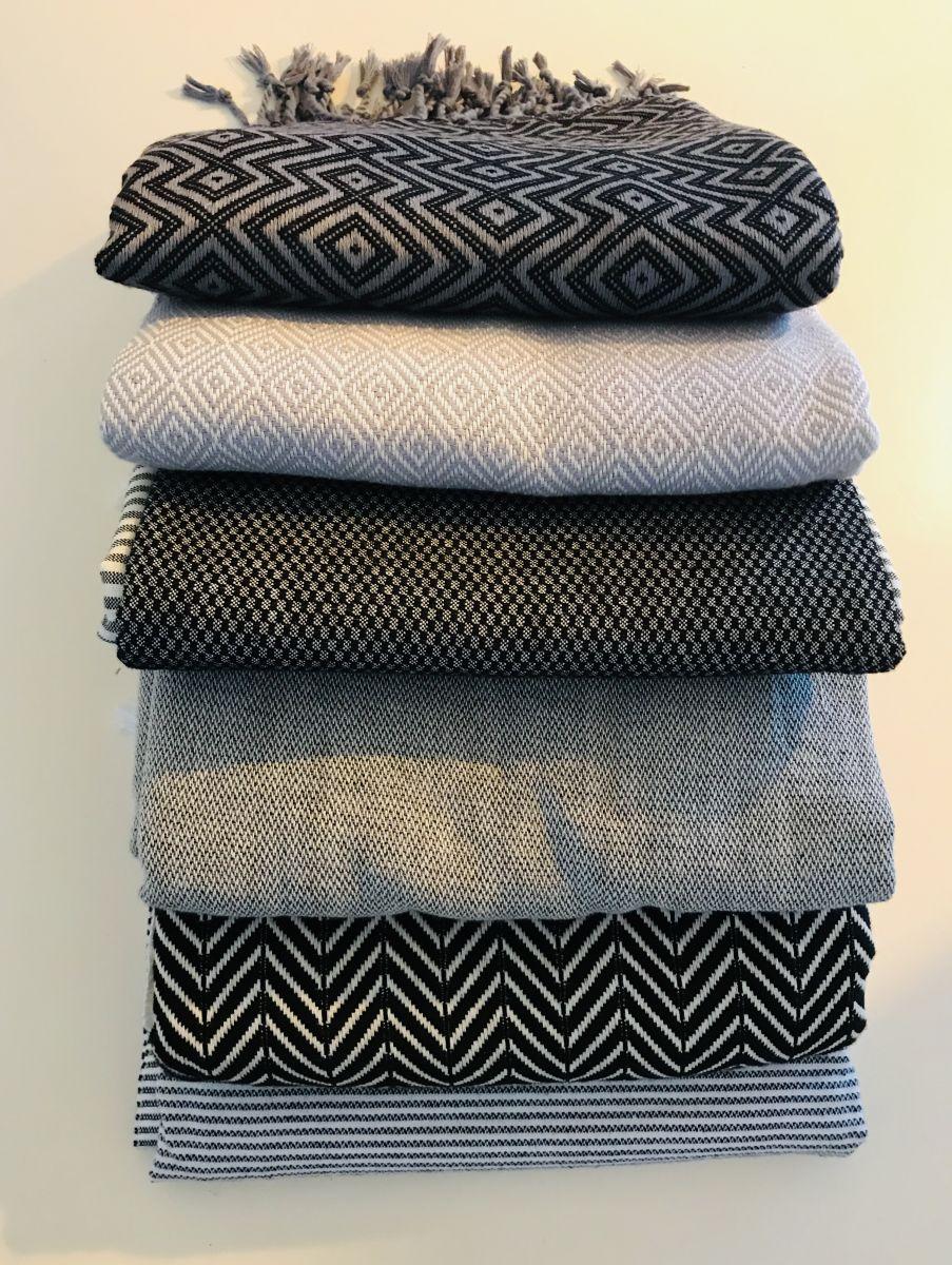 Div. hamamdoeken in zwart grijze nuances